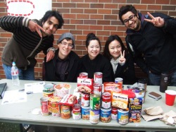 Davey, second from left, with A.C.E. students during a food drive at SPU for a Level 4 service learning project